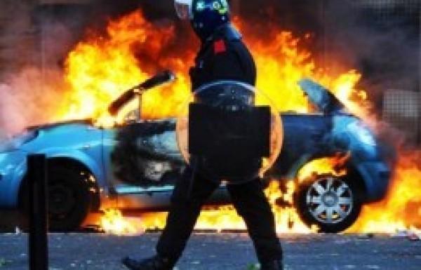 Angliai zavargások – Az elégedetlenség nyara