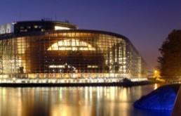 Pártpolitikai csaták hónapja az Európai Parlamentben