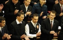 Jobbik bides its time
