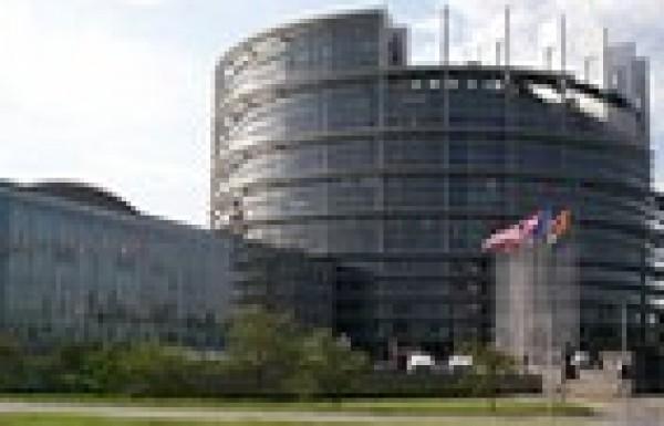 EP-elemzés májusról: hátradőltek a fideszes képviselők