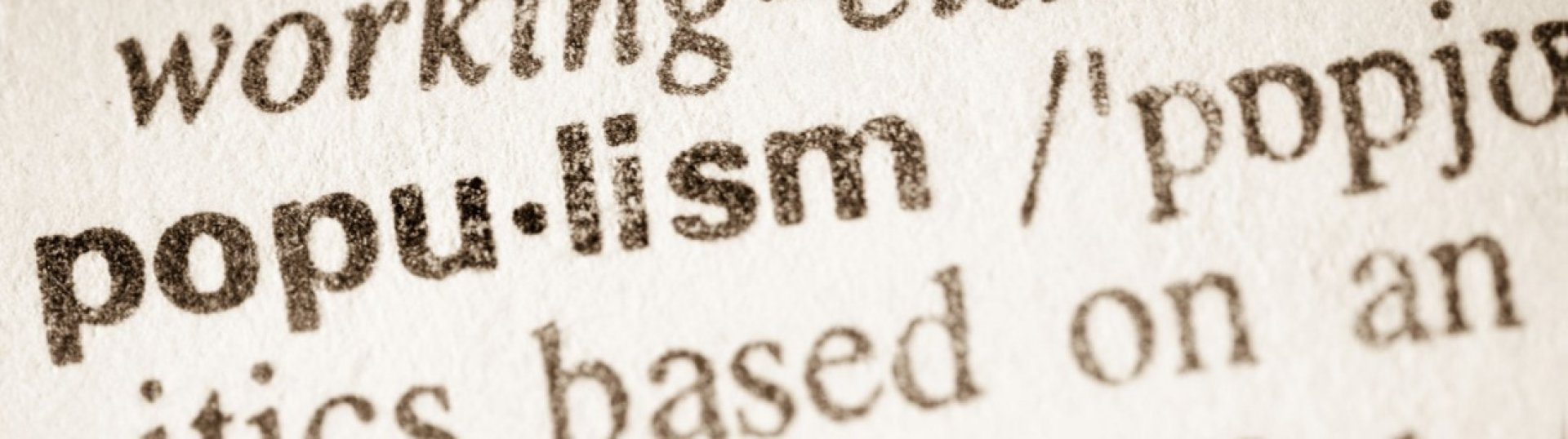 """Bemutattuk a """"Populizmus helyzete az Európai Unióban"""" című évkönyvünket"""