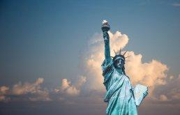Itt van Amerika - tanulmányok az amerikai politika hatásáról Magyarországon