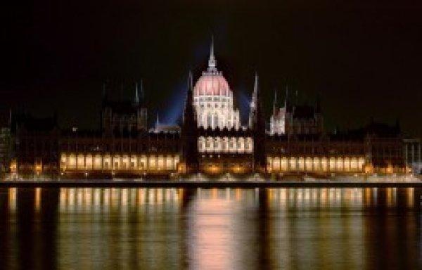 Törvénygyártók konferencia: Vitafórum vagy törvénygyár a Magyar Országgyűlés?