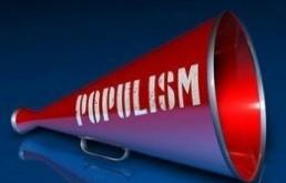 MEGHÍVÓ – A POPULIZMUS AZ ÚJ KORSZELLEM?