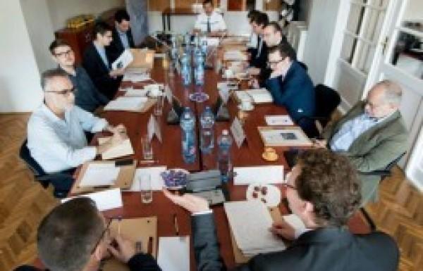 Európai agytrösztök műhelybeszélgetése az EU-n belüli egyenlőtlenségekről